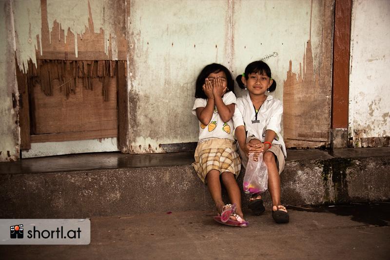 Zwei indonesische Mädchen